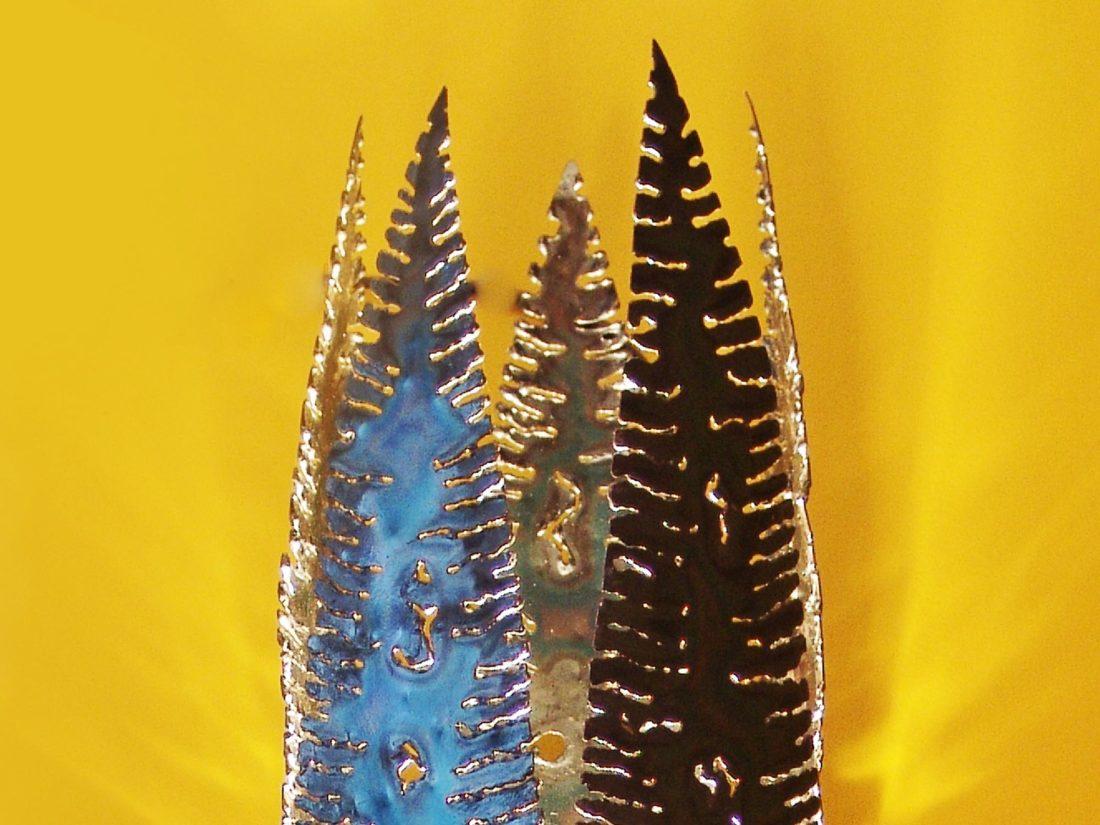 Detail lamp Cocon, gesnijbrand metaal